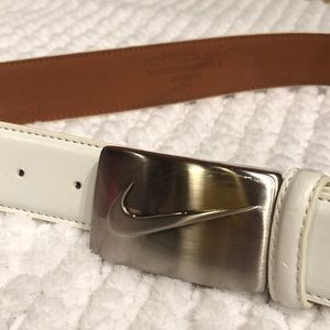 NIKE GOLF LEATHER BELT